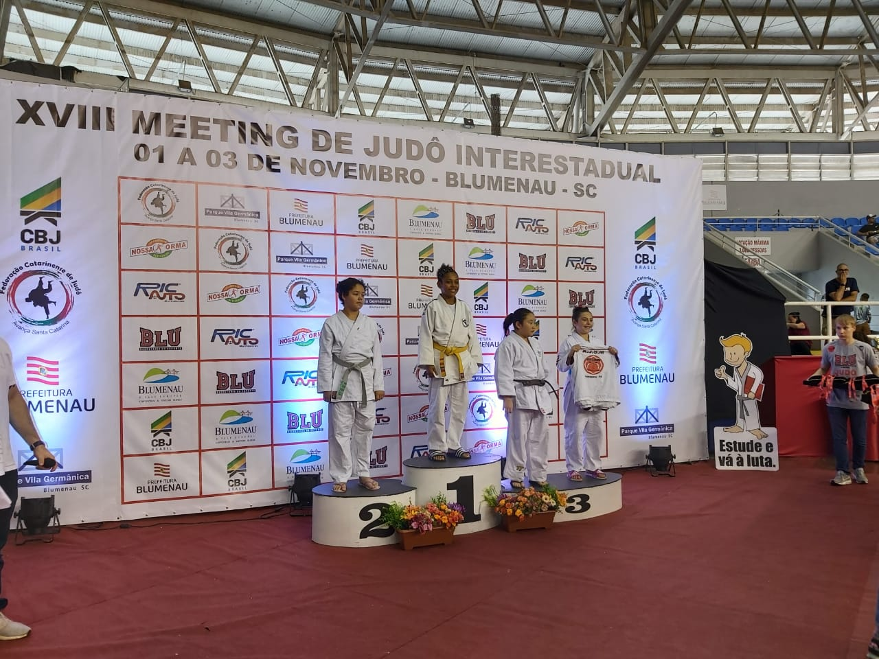 Caroline Akemi conquista bronze no 18ª Meeting Interestadual em Santa Catarina