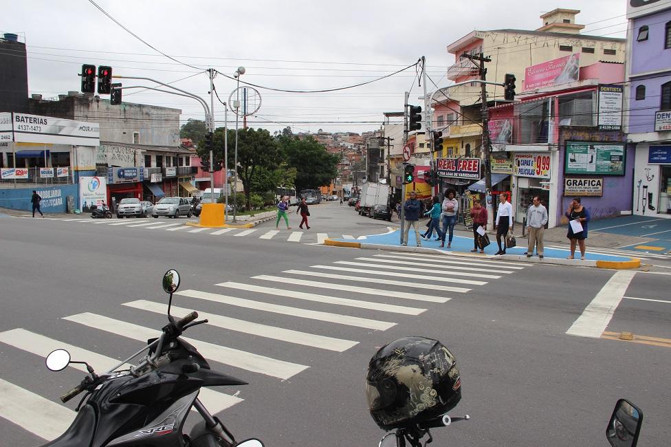 Intervenções na Kizaemon Takeuti garante mais segurança aos pedestres