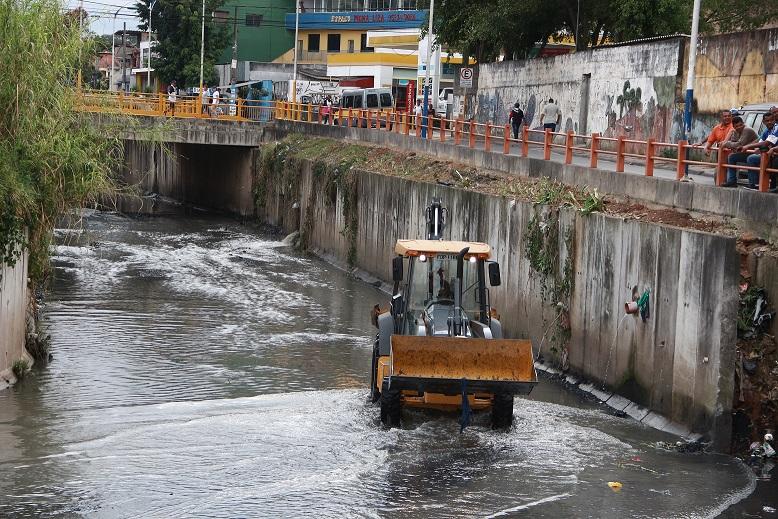 Revisão e adequação do plano de saneamento básico de Taboão da Serra