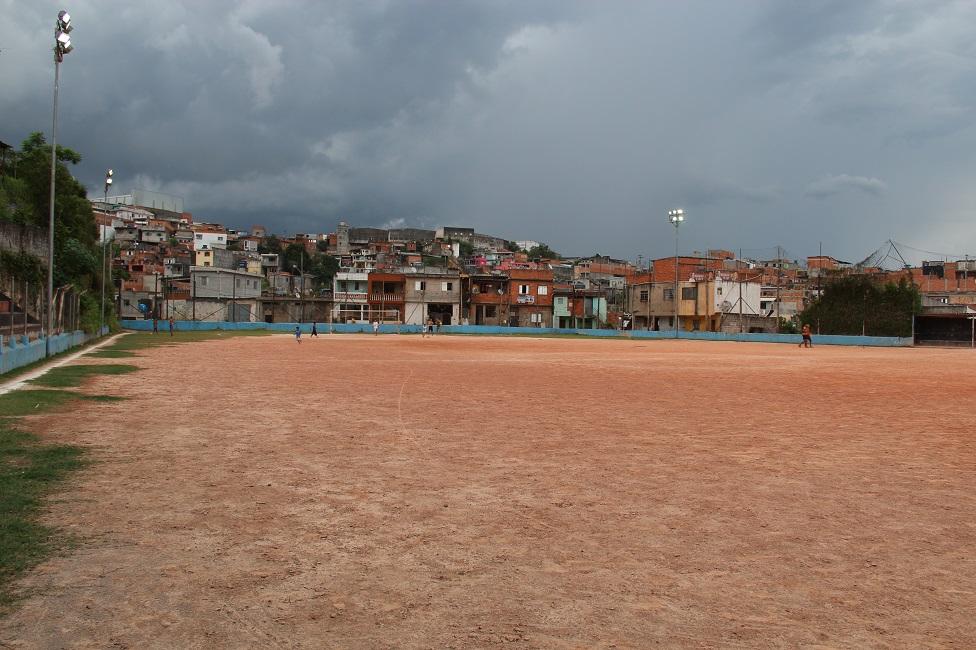Campo da Vila Iasi ganhará grama sintética