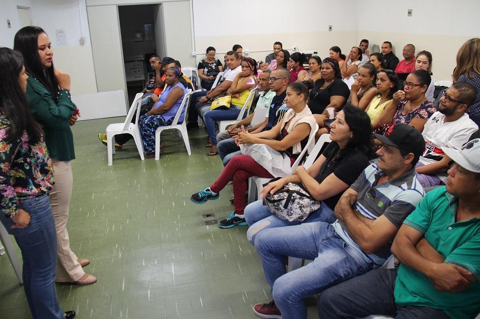 Mais 50 escrituras são entregues para moradores do Jardim Comunitário
