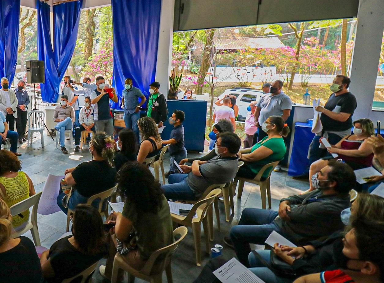 Governo Municipal se reúne com o funcionalismo para ouvir reivindicações