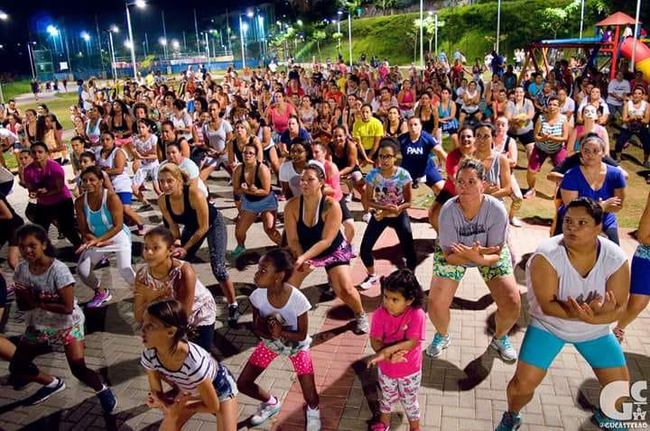 Secretaria de Esportes abre vagas para aulas de zumba no Parque Linear