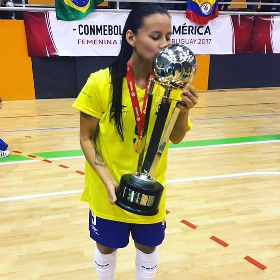 Atletas do Cats foram pentacampeãs da Copa América de futsal feminino